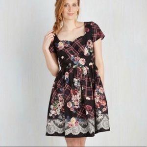Modcloth Charm Convention Plaid Floral Dress c25